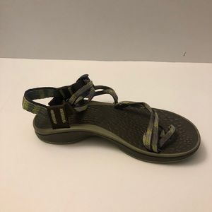 Ladies Chacos size 8 Sandals Good condition